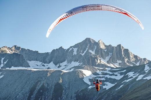 Pawel Faron podczas Red Bull X-Alps 2015, okolice Passo Della Novena, Szwajcaria (fot. arch. Red Bull X-Alps)